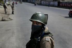 (تصاویر) نظامیان هندی در خیابان های سرینگر در کشمیر هند