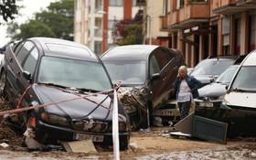 (تصاویر) خرابی های توفان در تافالا در اسپانیا