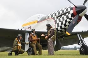 (تصاویر) بازسازی هواپیماهای جنگ جهانی دوم در نمایشگاه هوایی در انگلیس