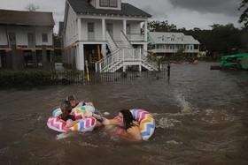 (تصاویر) سیل پس از توفان بری در ماندویل لویزیانای آمریکا