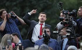 (تصاویر) سخنرانی یک مخالف دولت در روسیه در مسکو