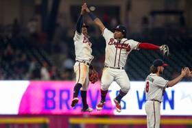 (تصاویر) جشن پیروزی اعضای تیم برویز آتلانتا در بازی با تیم متز نیویورک
