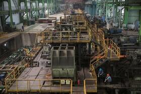 (تصاویر) سالن کارخانه ای تولید فولاد و آهن در چونکوانگ چین