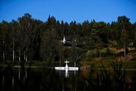 (تصاویر) سقوط هواپیمای برقی در دریاچه ای در نروژ