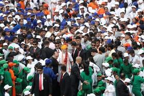 (تصاویر) دیدار نارندرا مودی نخست وزیرهند با دانش آموزان در سالگرد استقلال هند