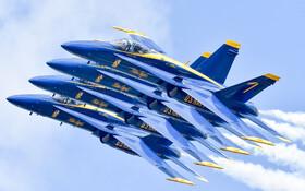 (تصاویر) نمایشگاه هوایی نیویورک و نمایش هوایی خلبانان آکروباتیک