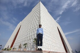 (تصاویر) بنای بادبود کشته های پاکستانی جنگ با هند در کراچی
