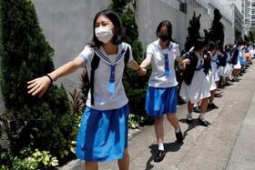 (تصاویر) حرکت اعتراضی دانش آموزان ابتدایی در هنگ کنگ علیه چین
