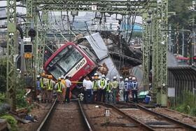 (تصاویر) حادثه تصادف قطار در یوکوهامای ژاپن