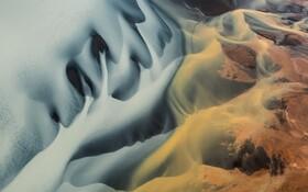 (تصاویر) تصویری از رودخانه یخی در ایسلند که به اثری هنری شبیه است