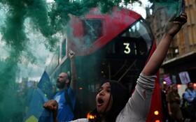 (تصاویر) تظاهرات علیه برگزیت در مقابل پارلمان انگلیس در لندن