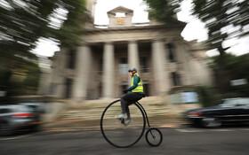 (تصاویر) راندن دوچرخه های قدیمی در لندن