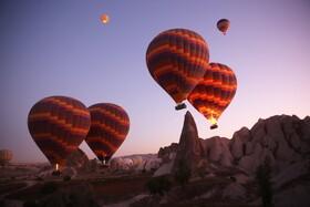 (تصاویر) پرواز بالن های هوای گرم در منطقه کاپادوکیا در ترکیه