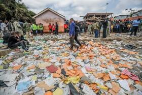 (تصاویر)فرورختن مدرسه ای دو طبقه در نایروبی و کشته شدن هفت دانش آموز در پایتخت این کشور در نایروبی