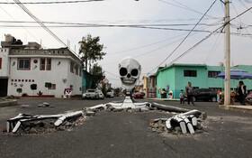 (تصاویر) مجسمه اسکلتی که در تالاهوک در مکزیک برپا شده به مناسبت روز ملی مردگان