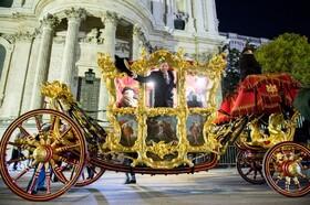 (تصاویر) شهردار جدید لندن در یک کالسکه مخصوص تشریفاتی قدیمی