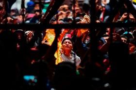 (تصاویر) شورش زندانیان در لاپاز بولیوی برای کناره گیری رئیس زندان سن پدرو پس از کناره گیری اوومورالس