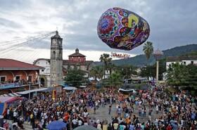 (تصاویر) جشنواره بالن های کاغذی در پوبلا در مکزیک