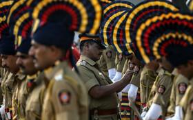 (تصاویر) مراسم سالگرد حمله داعش به هتلی در بمبئی در هند