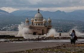 (تصاویر) مسجد تخریب شده در زلزله سال گذشته در اندونزی