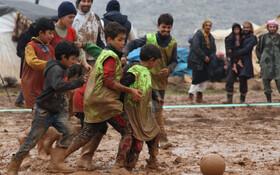 (تصاویر) بازی کودکان سوری در ادلیب سوریه