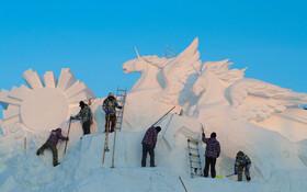 (تصاویر) ساخت شهر یخی در هاربین در چین