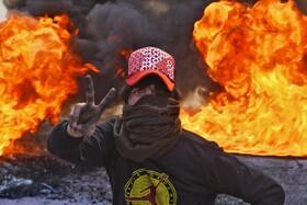 (تصاویر) تظاهرکننده ای در نجف عراق