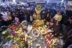 (تصاویر) مراسم یادبود برای کوبی برایانت بازیکن بسکتبال آمریکا که در حادثه سقوط هلیکوپتر جانباخت