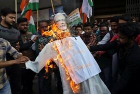 (تصاویر) تظاهرات علیه قانون جدید مهاجرت در هند در کلکته