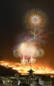(تصاویر) جشنواره زمستانی در نارا در ژاپن