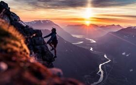 (تصاویر) کوه نوردی درارتفاعات نروژ