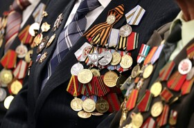 (تصاویر) یک سرباز جنگ جهانی دوم در روسیه در مراسم یادبود پیروزی بر آلمان