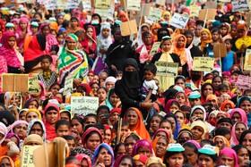(تصاویر) تظاهرات در آسام هند علیه قوانین جدید مهاجرتی هند علیه مسلمانان