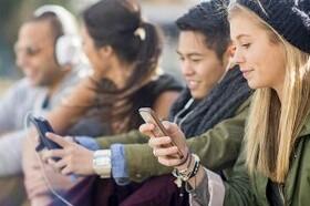 شخصیت شناسی افراد با نوع حرکت گوشی موبایل