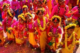 (تصاویر) جشن هولی در کلکته هند