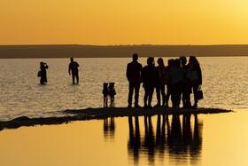(تصاویر) دریاچه توز در منطقه آناتولی در ترکیه که دریاچه ای شور است