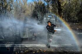(تصاویر) مهاجران در محاصره نیروهای ضد شورش در ادیرنه ترکیه