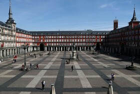 (تصاویر) خلوتی میدان اصلی در مادرید اسپانیا
