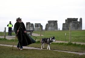 (تصاویر) استون هنج یک مرکز تاریخی در انگلیس که به دلیل شیوع کرونا بسته دشه است