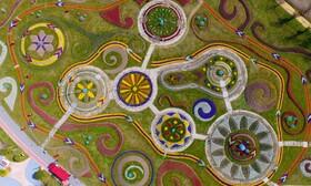 (تصاویر) رویش گل ها در پارکی در گوانگچو در چین