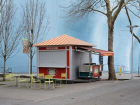 (تصاویر) محل فروش مواد غذایی در سیاتل آمریکا که خالی از جمعیت شده است