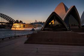 (تصاویر) ساختمان اپرا در سیدنی که همه روزه مورد بازدید جهانگردان از سراسر جهان قرار داشت