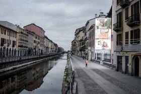 (تصاویر) نمایی از میلان ایتالیا که محلی که هر بعد از ظهر جمعیت زیادی را بخود جلب می کرد امروز خالی از جمعیت است