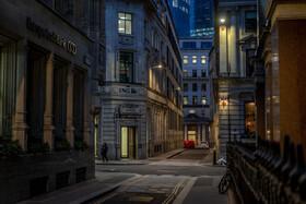 (تصاویر) نمایی از یکی از محله های شلوغ لندن