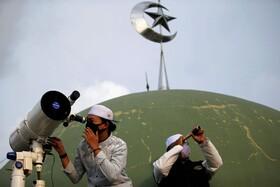 (تصاویر) به دنبال مشاهده ماه رمضان در آسمان اندونزی