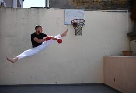 (تصاویر) استیون کوستا قهرمان کاراته فرانسه در حال تمرین