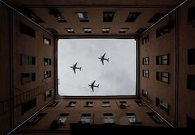 (تصاویر) انجام نشدن گردهمایی های مربوط به جنگ جهانی دوم در روسیه و اکتفا به مانور هوایی در روسیه