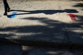 (تصاویر) فاصله های تعیین شده در مدرسه ای در لیسبون پرتغال پس از بازگشایی مدارس برای پیش از گیری از بیماری کوید نوزده
