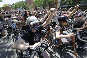 (تصاویر) تظاهرات علیه نژاد پرستی در شیکاگو آمریکا