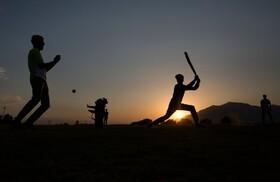 (تصاویر) بازی کریکت در سرینگر هند